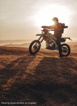 motorbike roman-bintang-739178-unsplash